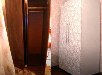 Как переделать полированный шкаф?