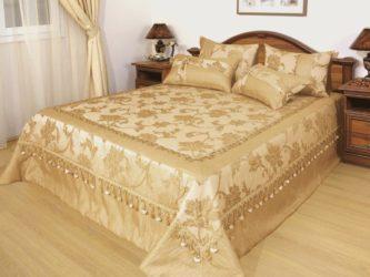 Как выбирать покрывало для кровати?